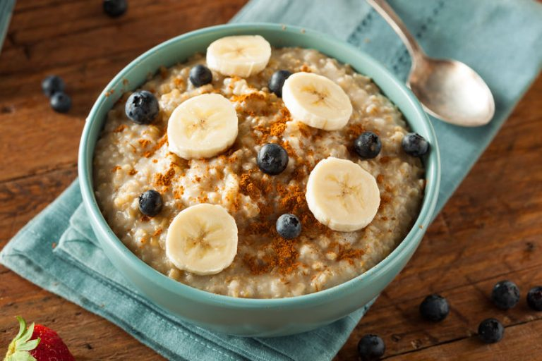 oats, berries and banana